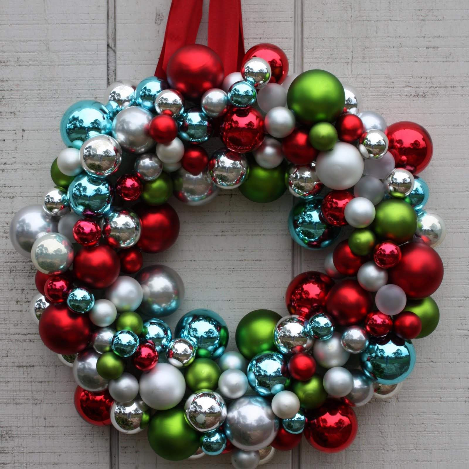 Christmas ornaments Beautiful How to Make A Christmas Wreath with ornaments Of Incredible 48 Images Christmas ornaments