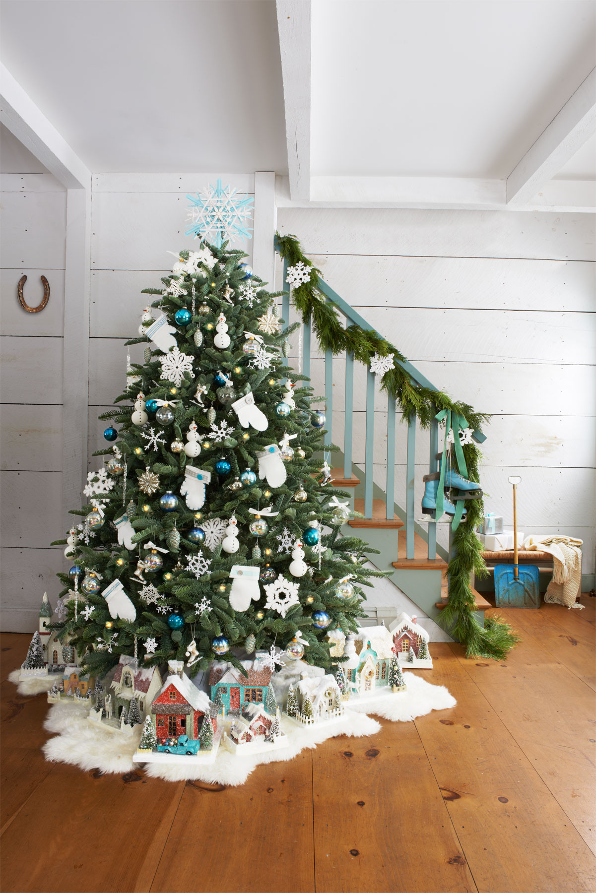 Christmas Tree Decorations Best Of 30 Best Decorated Christmas Trees 2017 Of Superb 49 Pics Christmas Tree Decorations