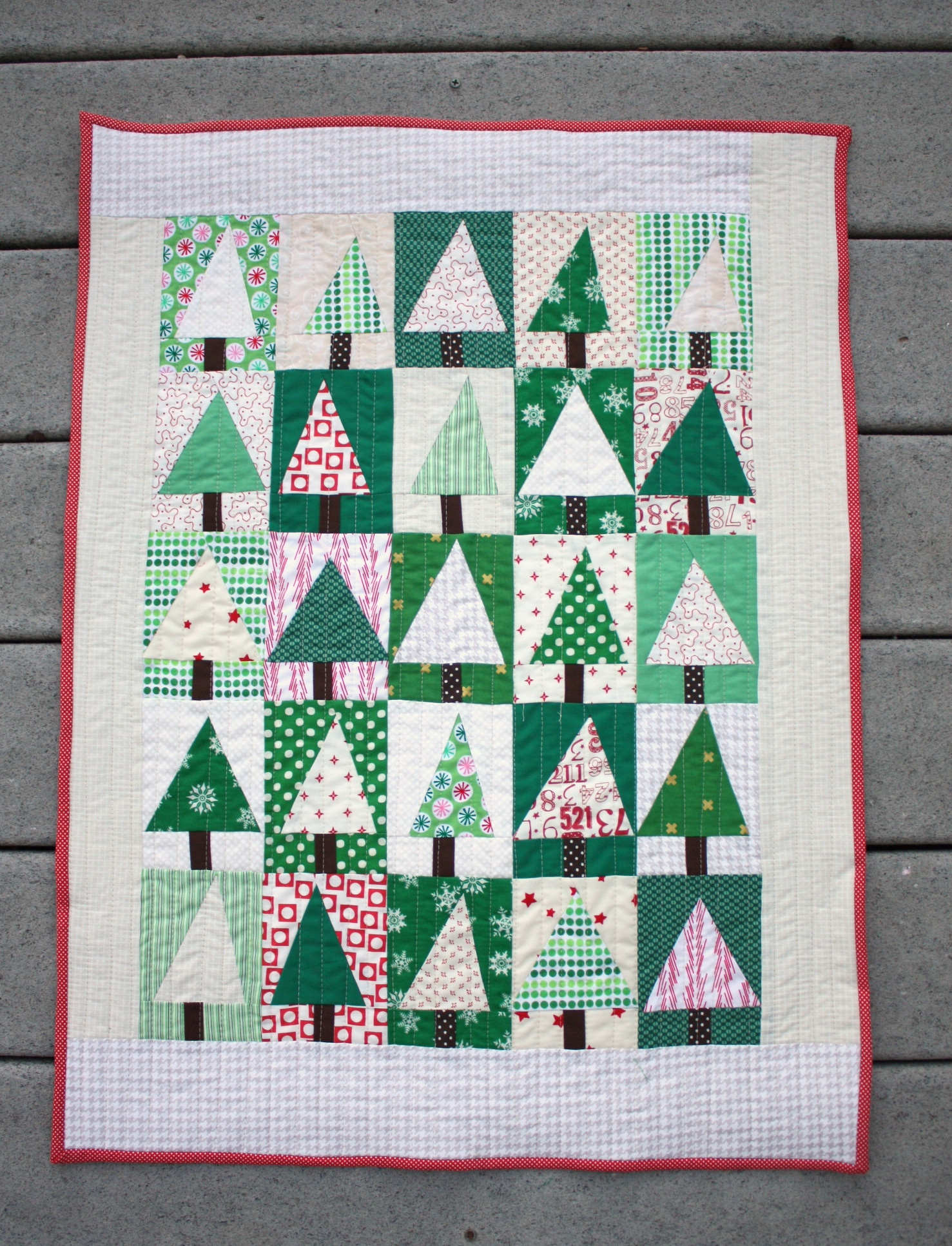 Christmas Tree Pattern Beautiful Modern Christmas Tree Quilt Block Tutorial Diary Of A Of Great 46 Images Christmas Tree Pattern