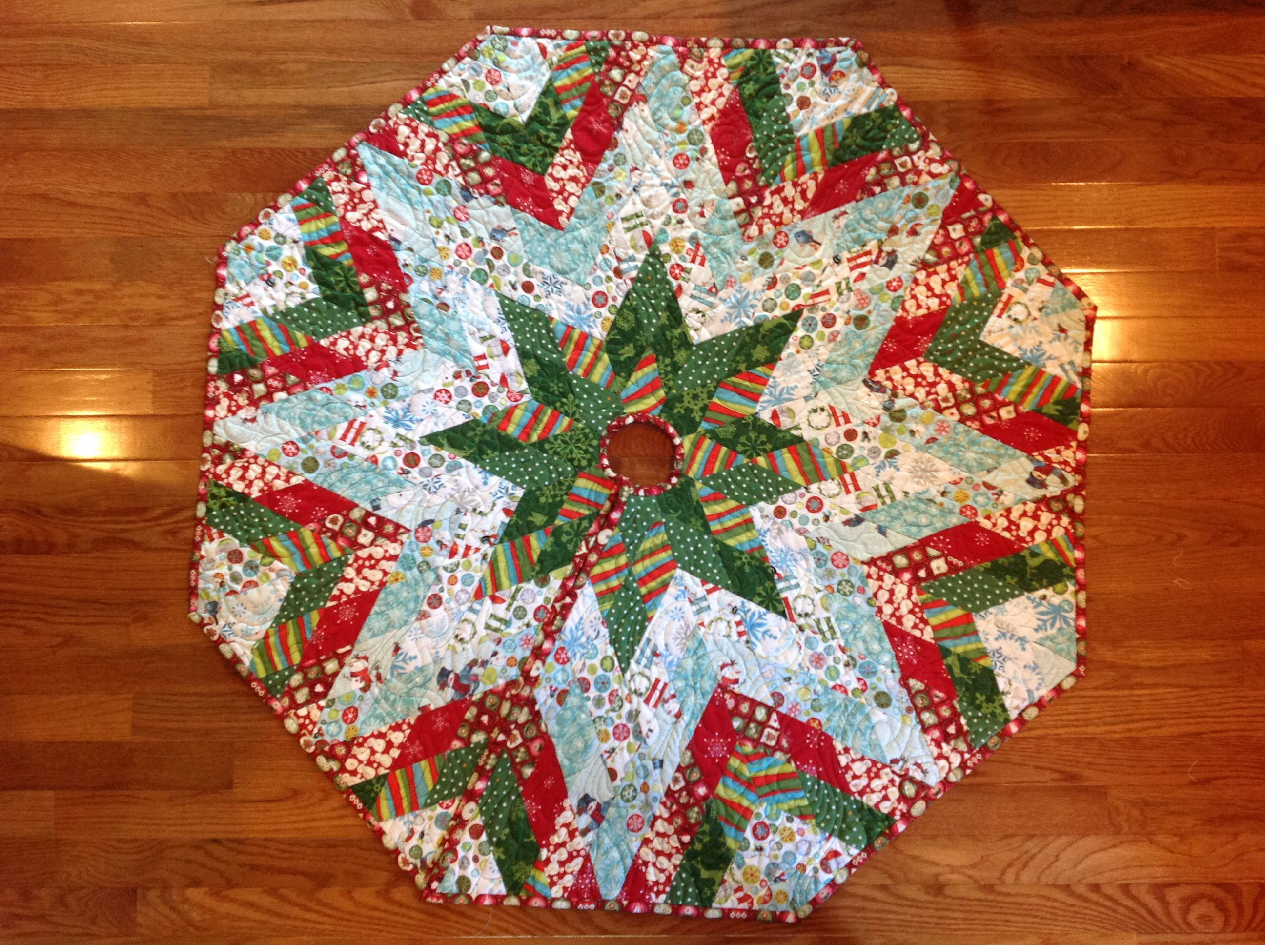 Christmas Tree Skirt Pattern Luxury Christmas Tree Skirt Made by English Paper Piecing I Used Of Top 49 Images Christmas Tree Skirt Pattern