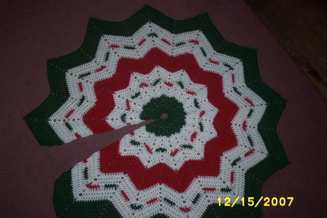 Christmas Tree Skirt Pattern Unique Crochet Every Day December 20 Granny Square Tree Skirt Of Top 49 Images Christmas Tree Skirt Pattern