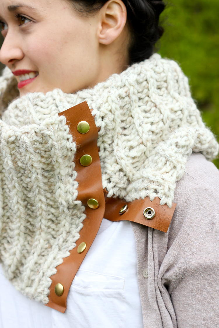 Chunky Crochet Scarf with Leather Snaps