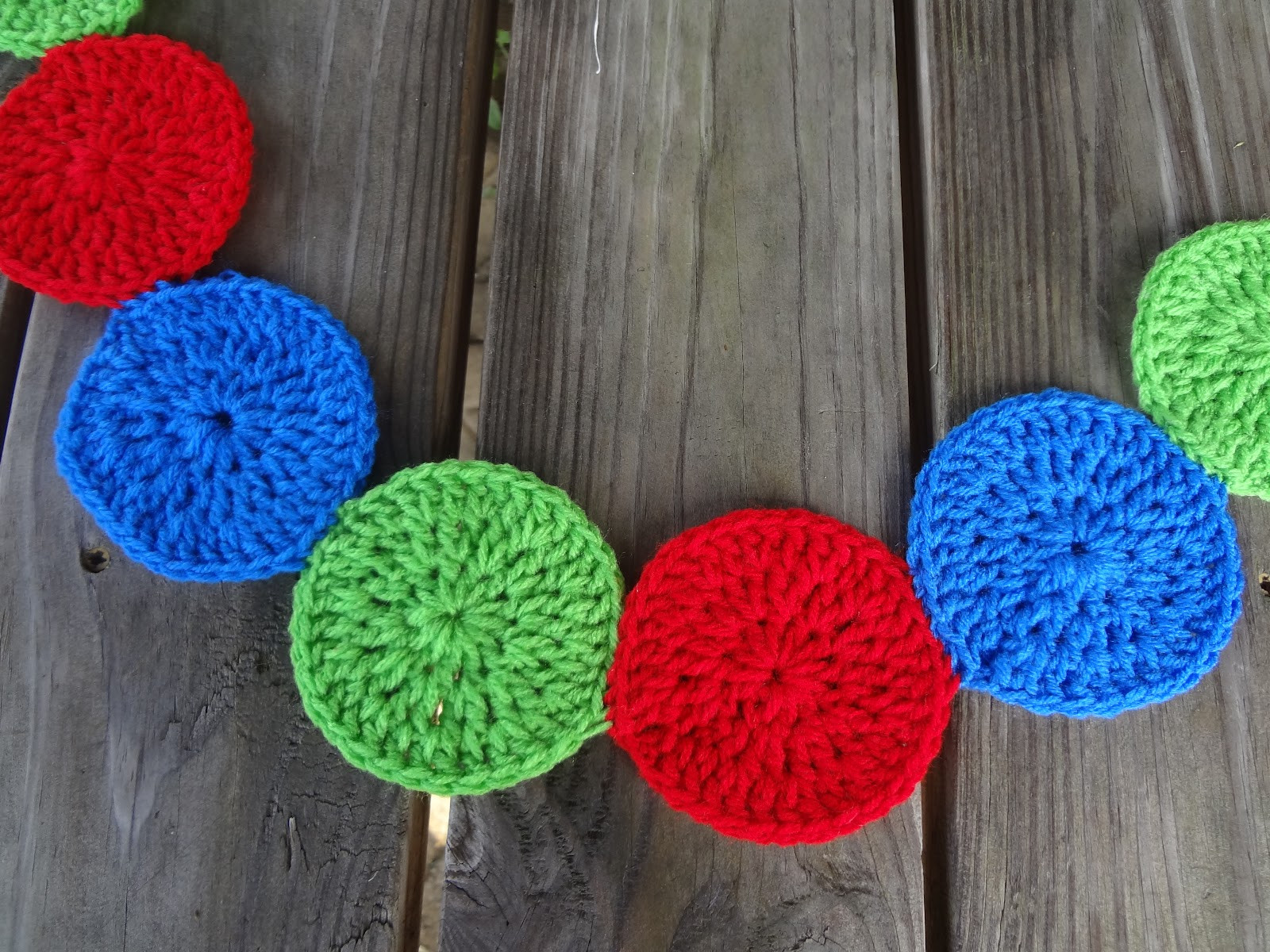 Circle Crochet Elegant Fiber Flux Free Crochet Pattern Modern Circles Garland Of Amazing 40 Photos Circle Crochet
