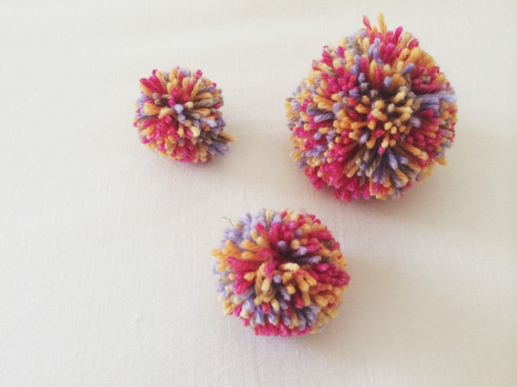 Clover Pom Pom Maker Luxury Tried & Tested the Clover Pom Pom Makermade Peachy Of Brilliant 43 Models Clover Pom Pom Maker