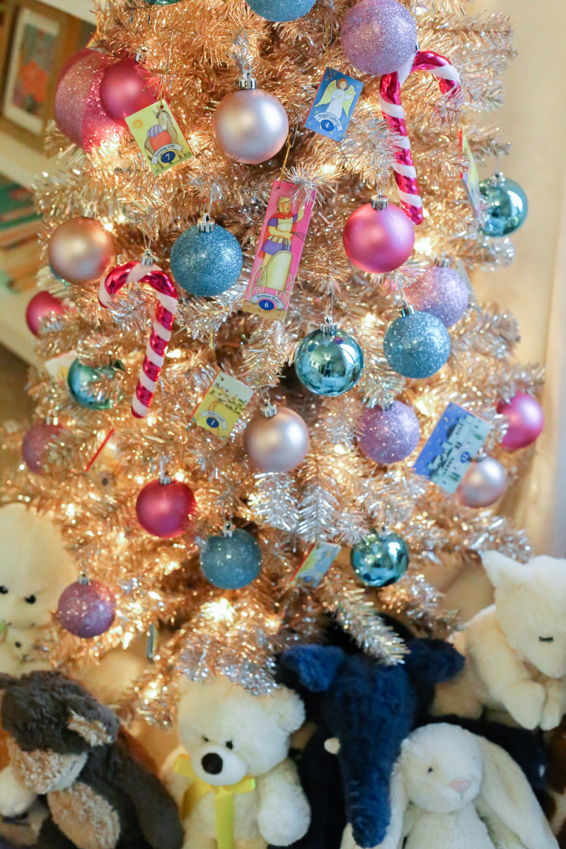 Colorful Christmas ornaments Beautiful Little Girls Colorful Christmas Tree Of Perfect 48 Pictures Colorful Christmas ornaments