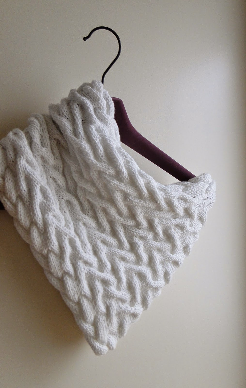 3 Rabbits Patterns White Cabled Cowl Knitting Pattern