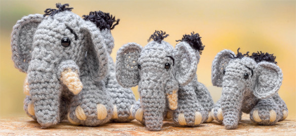 FREE pattern Crochet a zoo for your animals Stitch