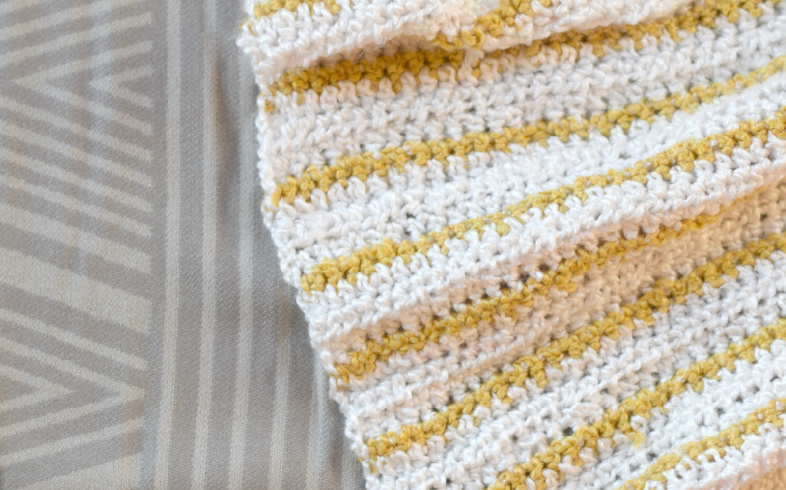 Soft Beginner Crochet Blanket Pattern – Mama In A Stitch