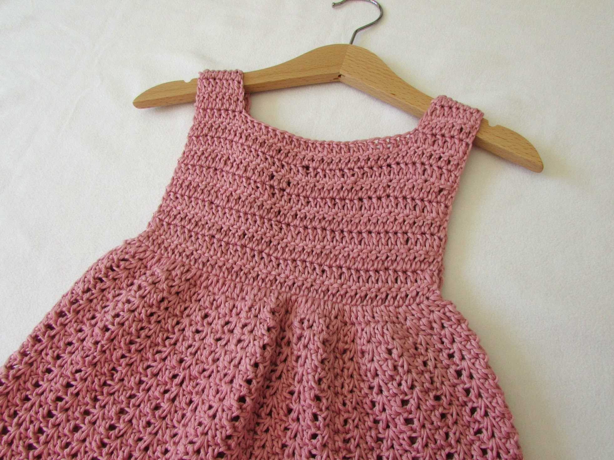 How to crochet an EASY party dress any size