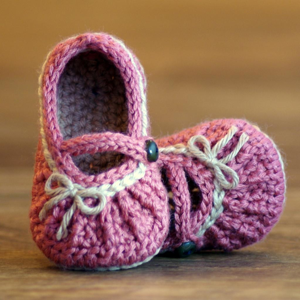 Crochet Baby Shoes New too Cute Mary Jane Crochet Pattern by Twogirlspattern Of Delightful 42 Models Crochet Baby Shoes