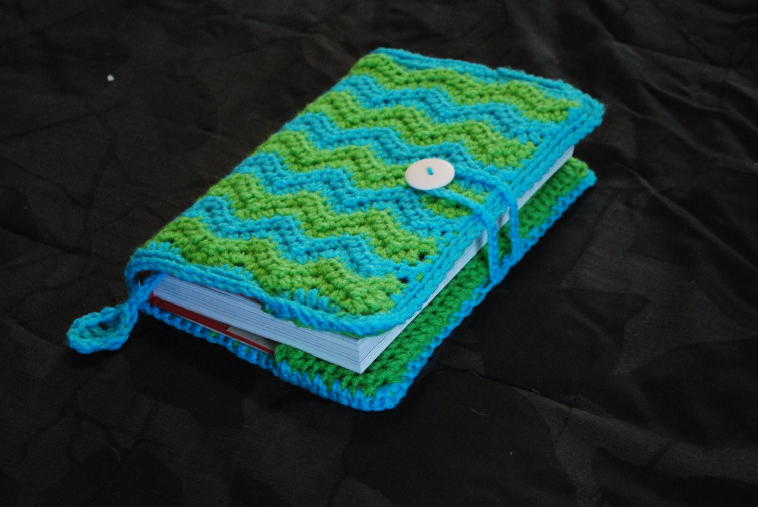 Crochet Bible Cover Inspirational Crochet Book Cover Chevron Pattern with Loop and button Of Wonderful 48 Models Crochet Bible Cover