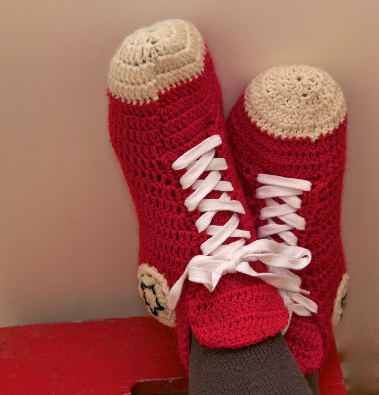 my crochet converse slippers english