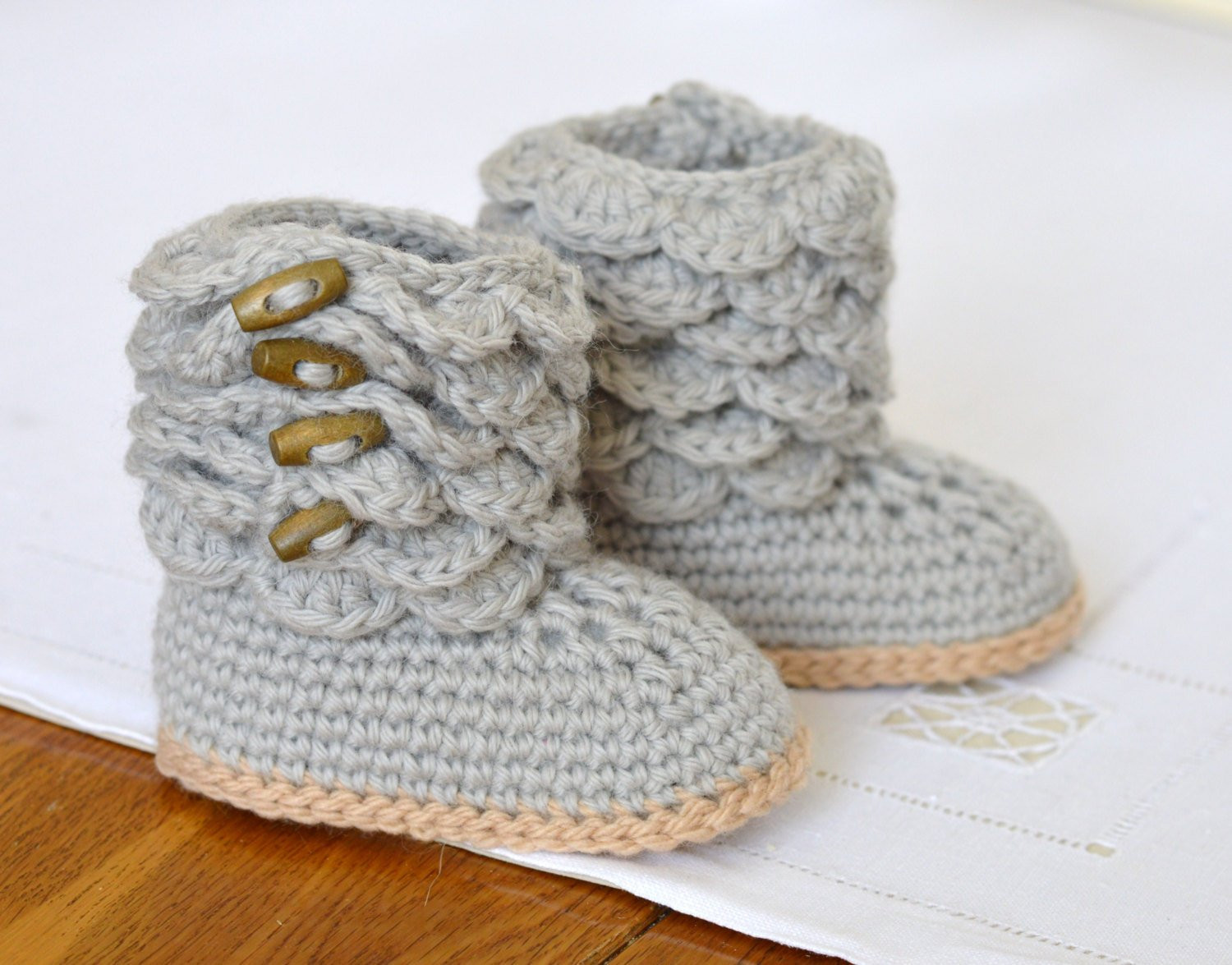 Crochet Boots Pattern Free Lovely Crochet Pattern Baby Booties with Scallops Baby Shoes Pattern Of Amazing 44 Models Crochet Boots Pattern Free