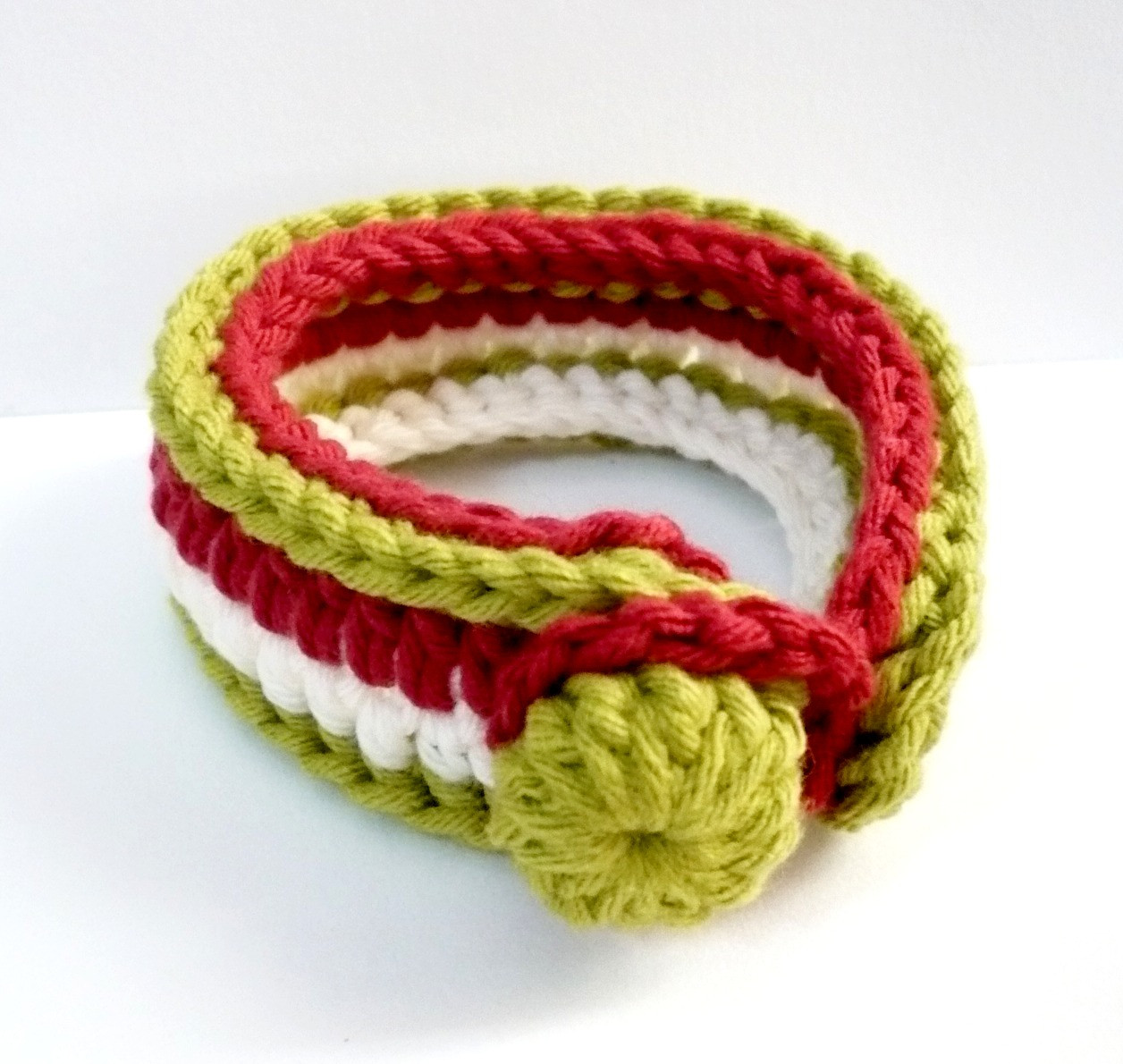 Crochet Bracelets New Nicely Created for You Tutorial for Crocheting A Bracelet Of Innovative 40 Images Crochet Bracelets