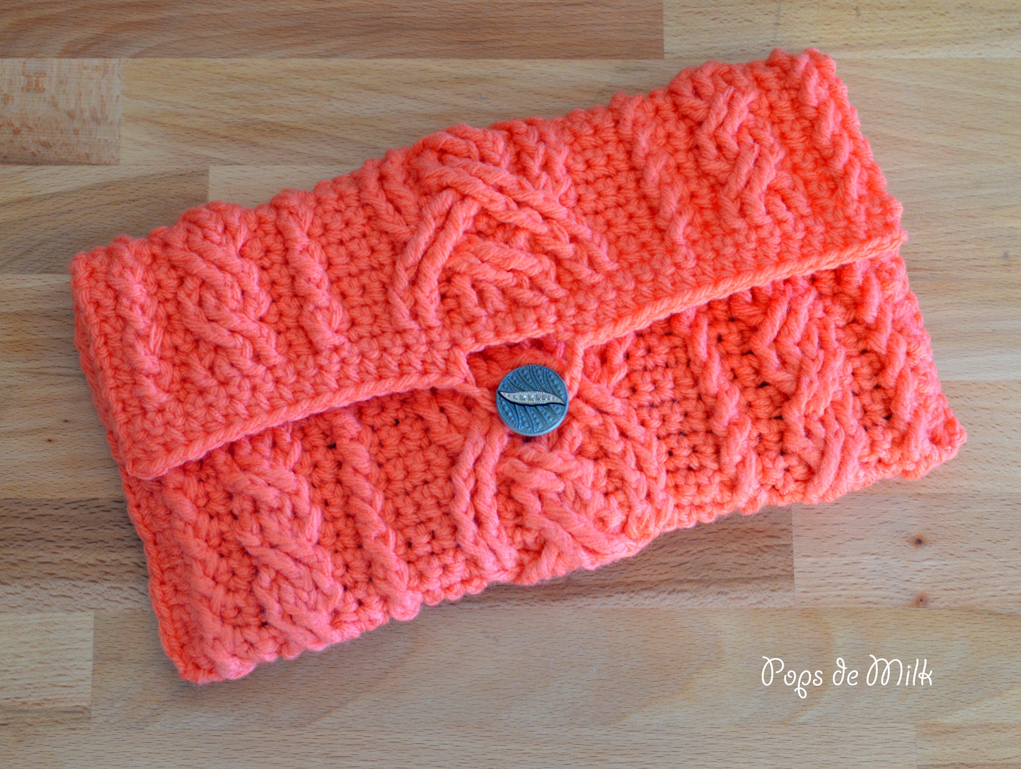 Crochet Cables Clutch Pops de Milk