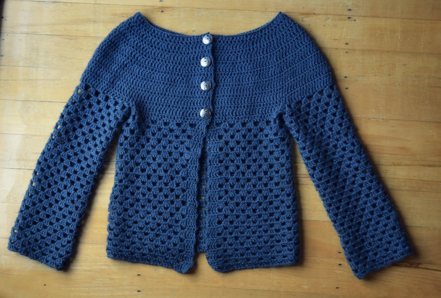 New crochet cardigan – The Green Dragonfly