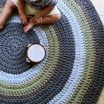 how to crochet a round rug