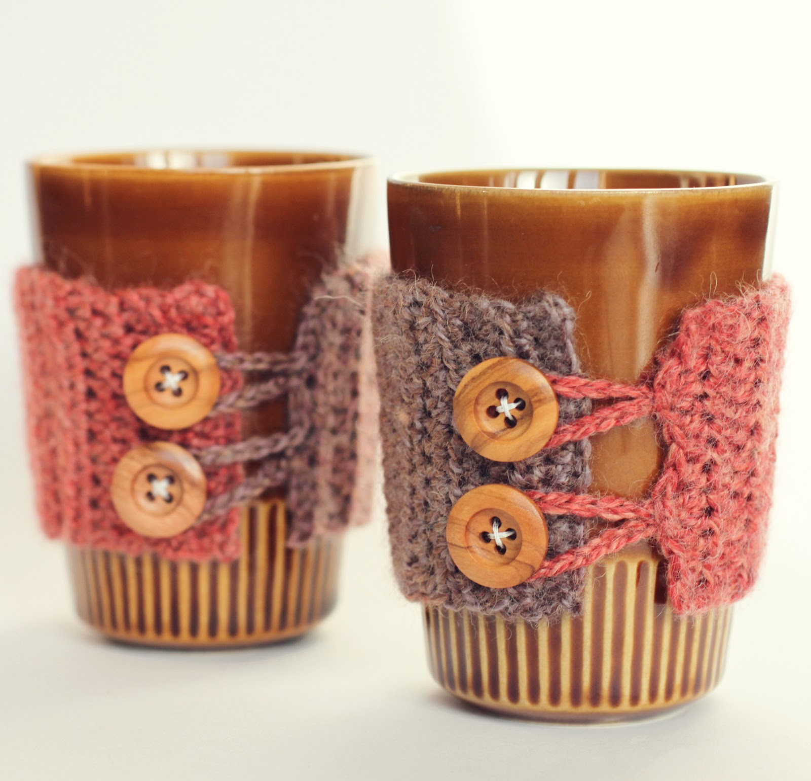 Crochet Coffee Cup Cozy Lovely L♥valizious Mug Cozy Tutorial Of Crochet Coffee Cup Cozy Luxury Pdf Crochet Pattern Coffee Mug Cozy with button by
