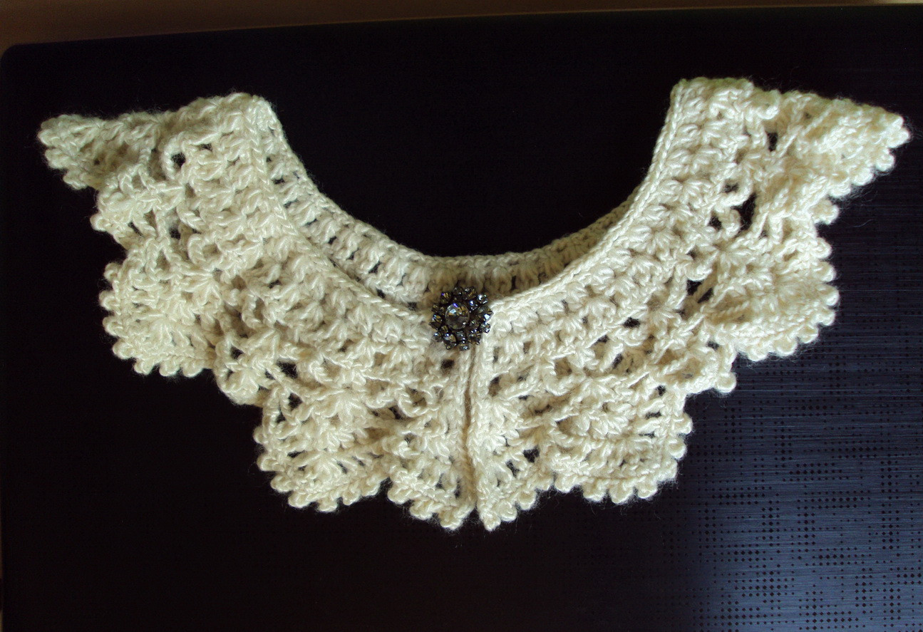 Romantic Crochet Collar – Sewing Projects