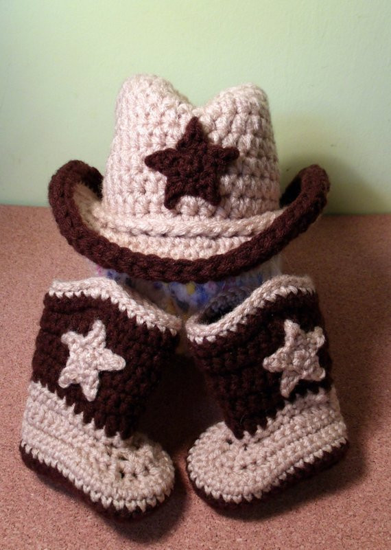 Items similar to Crochet Cowboy hat & Cowboy Boots set on Etsy