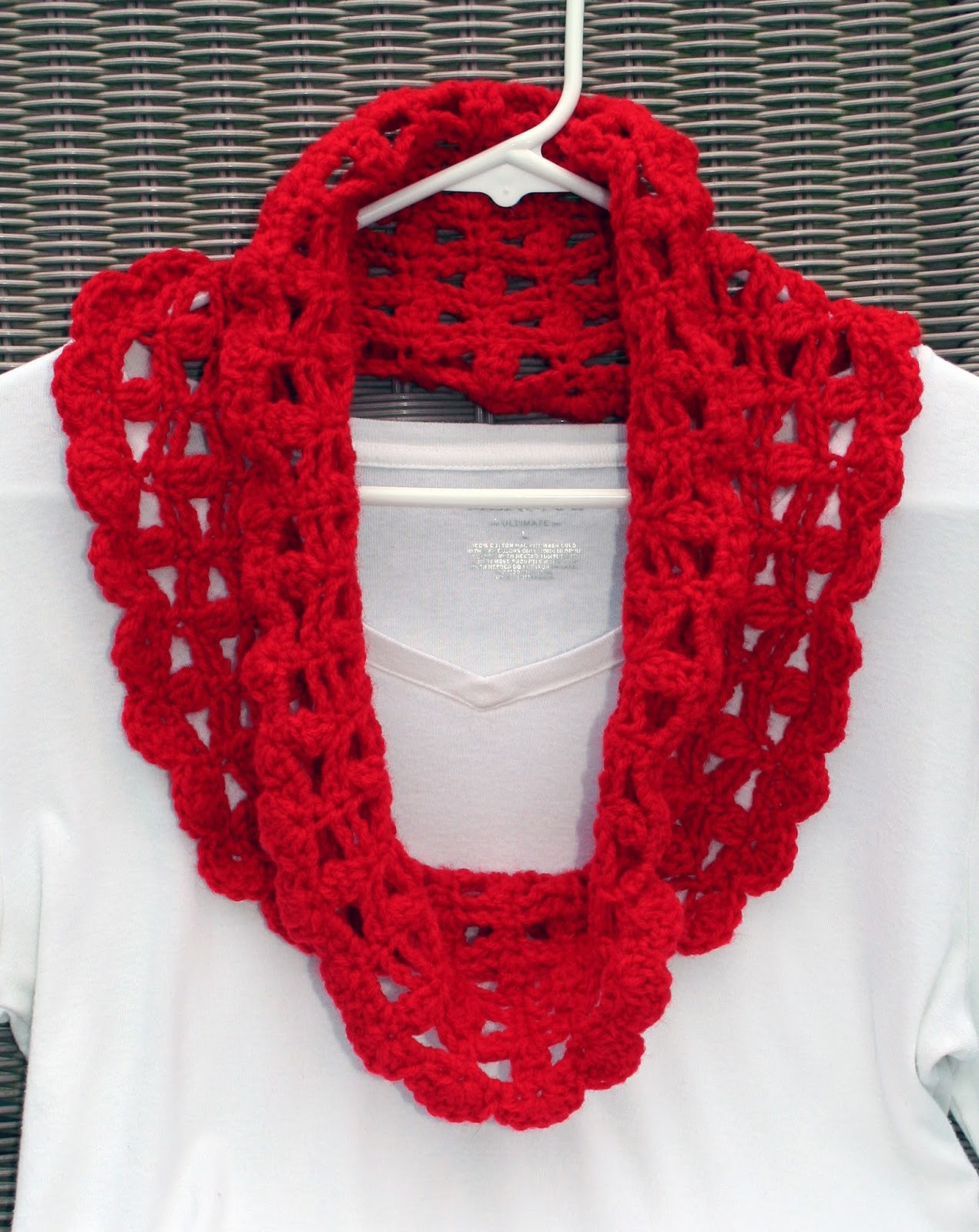 Crochet Cowl Scarf New Tampa Bay Crochet Free Crochet Pattern Lacy Crimson Cowl Of Awesome 42 Pics Crochet Cowl Scarf