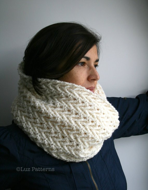 Crochet pattern girl and women lace cowl pattern scarf