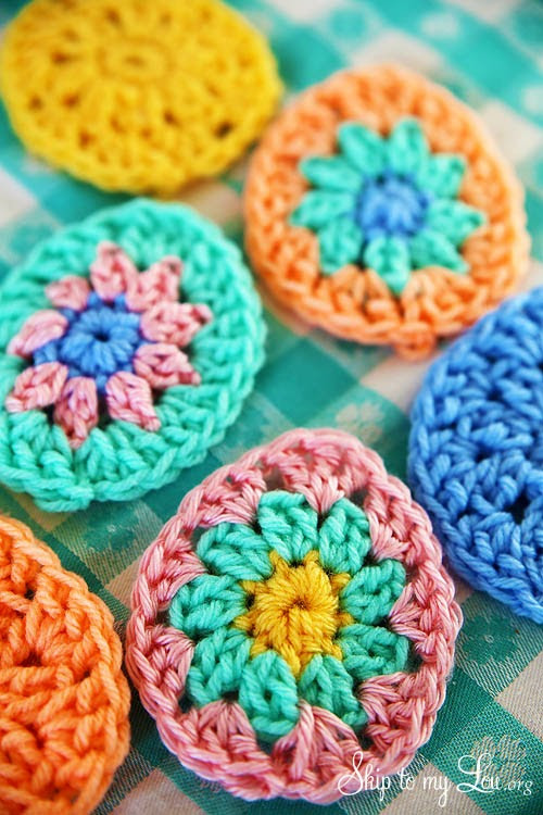 Crochet Easter Egg Applique tangled happy