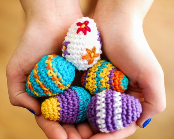 When life gives you HANDS make HANDMADE Easter Crochet