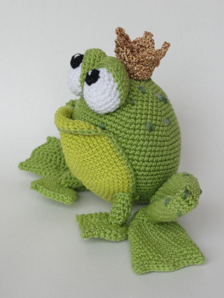 Crochet Frogs Lovely Frog King Omg I Have to Have the Pattern Of Superb 49 Pictures Crochet Frogs