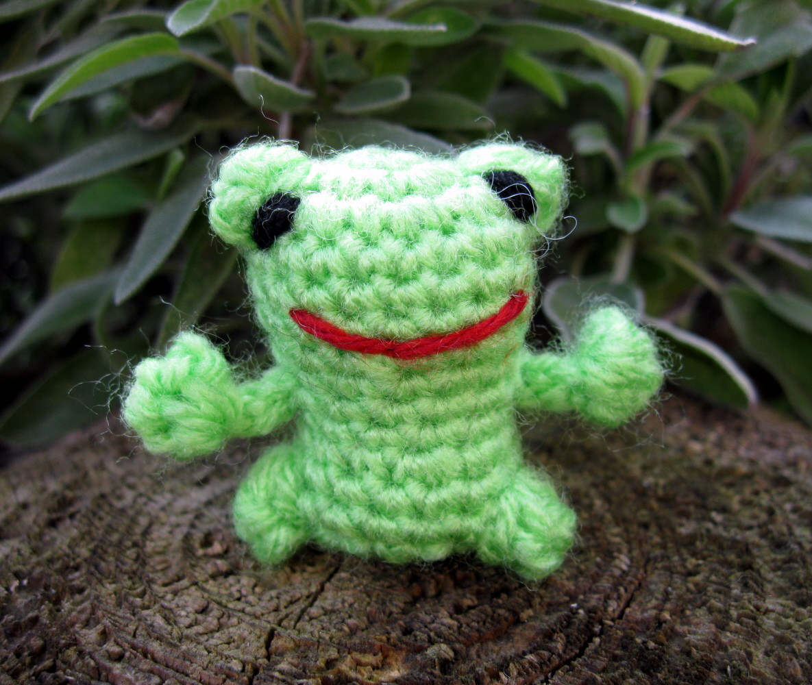 Crochet Frogs Luxury Lucyravenscar Crochet Creatures Mini Frog Free Of Superb 49 Pictures Crochet Frogs