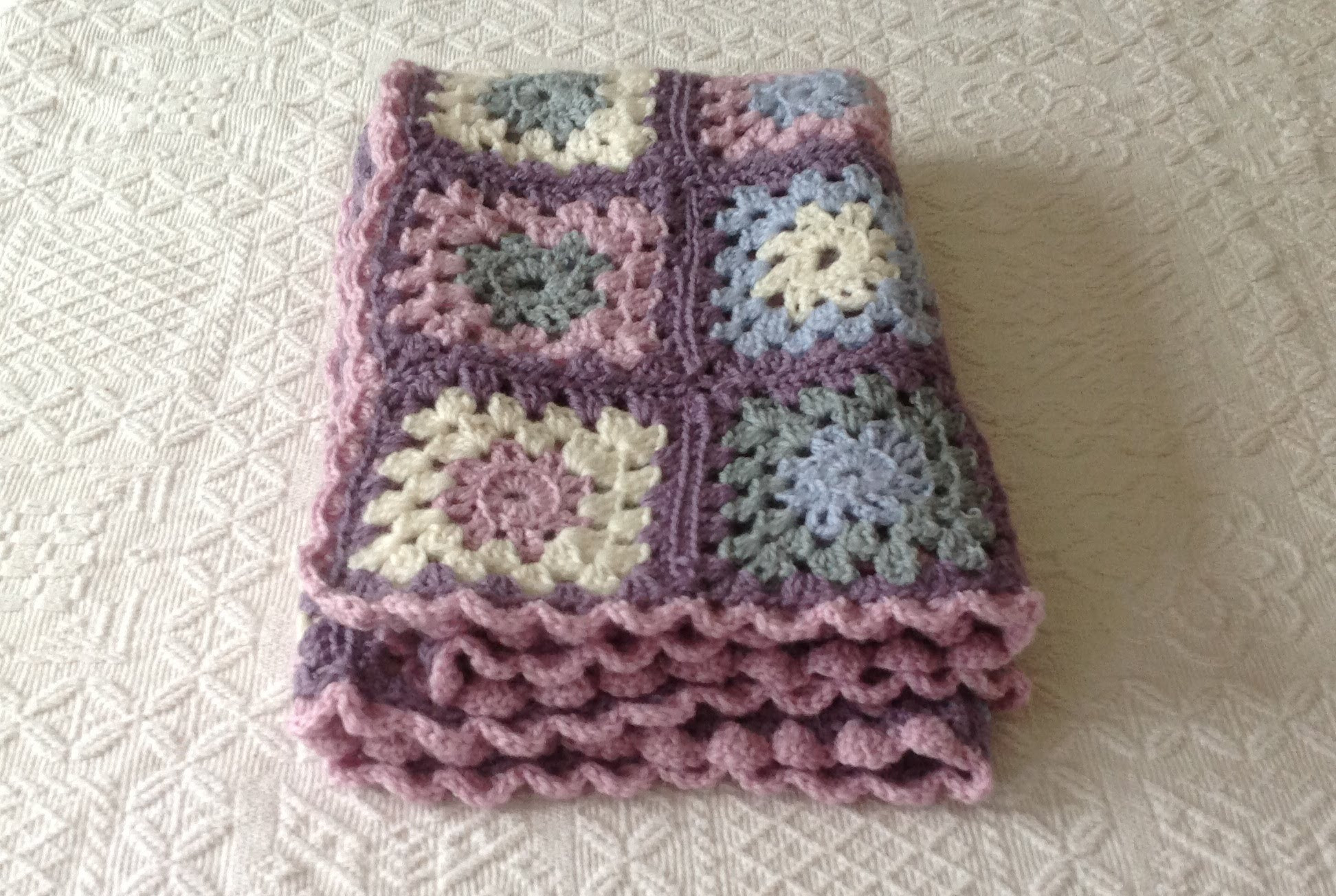 Crochet Granny Square Blanket Patterns Free Fresh [video Tutorial] This Very Easy Granny Square Blanket is Of Amazing 42 Ideas Crochet Granny Square Blanket Patterns Free