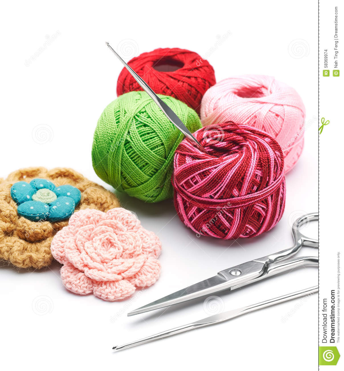 Crochet Hook and Yarn Lovely Yarns and Crochet Hooks Stock Image Of Superb 44 Images Crochet Hook and Yarn