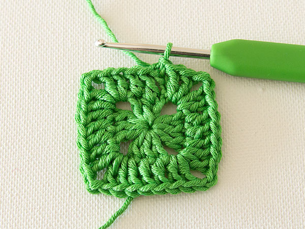 Crochet Lap Blanket Awesome How to Crochet A Lap Rug In Kaleidosopic Colour Of Awesome 46 Pics Crochet Lap Blanket