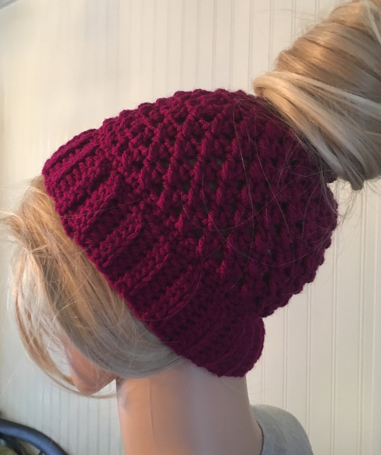 Crochet Messy Bun Beanie New Messy Bun Beanie Ponytail Hat Crochet Bun Hat Messy Bun Of New 43 Photos Crochet Messy Bun Beanie