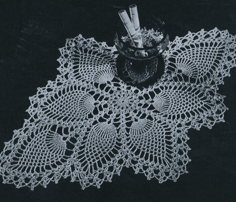 PDF Pineapple Centerpiece Doily Crochet Pattern c 1944