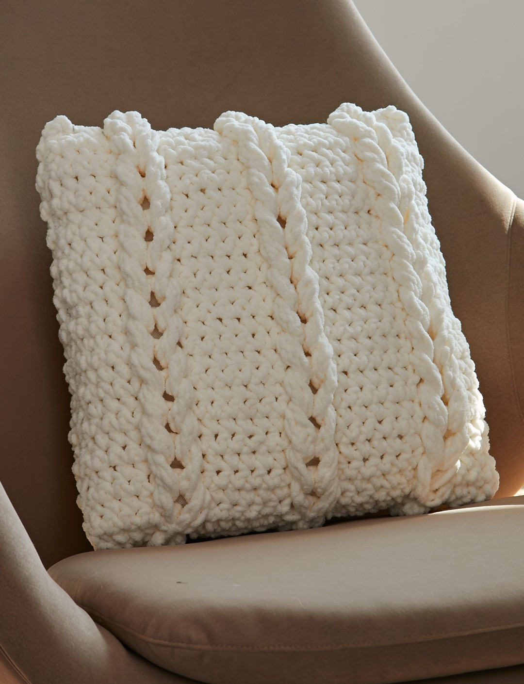 Crochet Pillow Best Of Bernat Chain Links Pillow Crochet Pattern Of Superb 50 Images Crochet Pillow