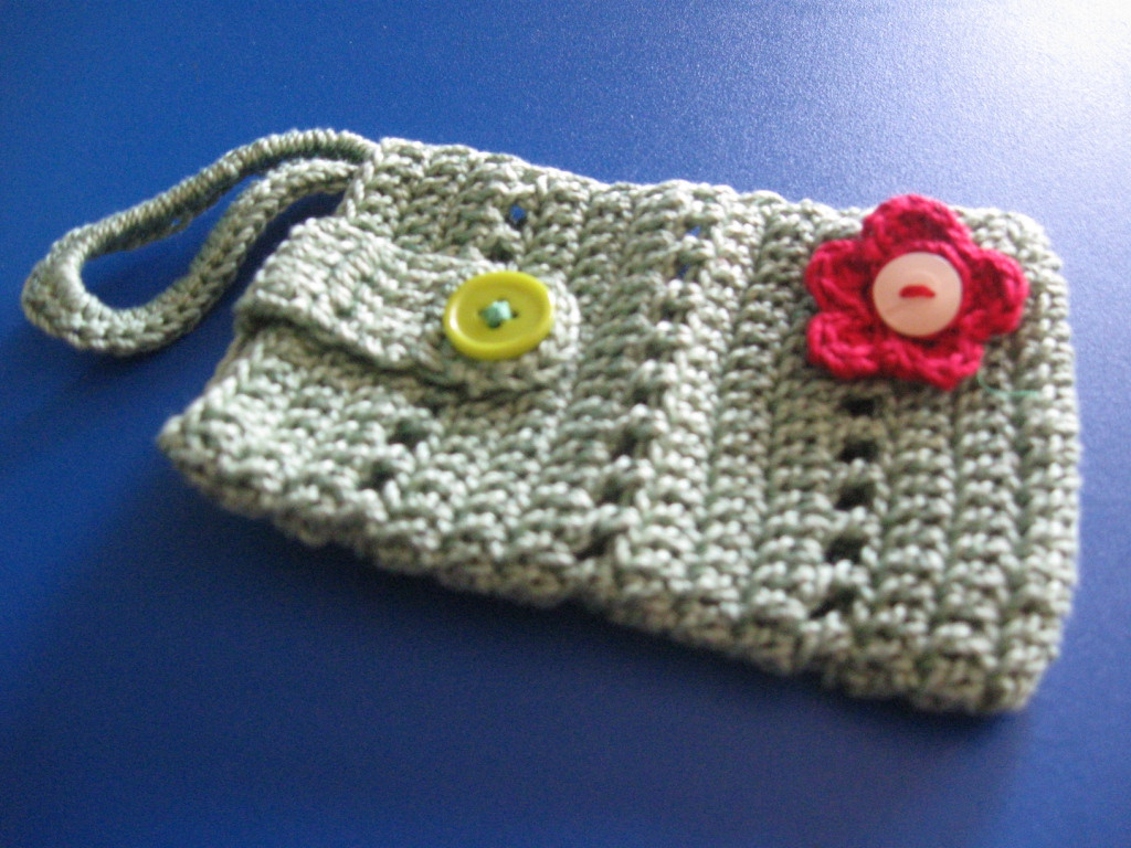 Crochet Pouch Awesome Desikalakar Crochet Mobile Pouches Of Awesome 48 Pics Crochet Pouch