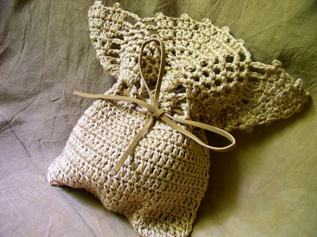 Crochetology by Fatima A Simple Pineapple Top Bag