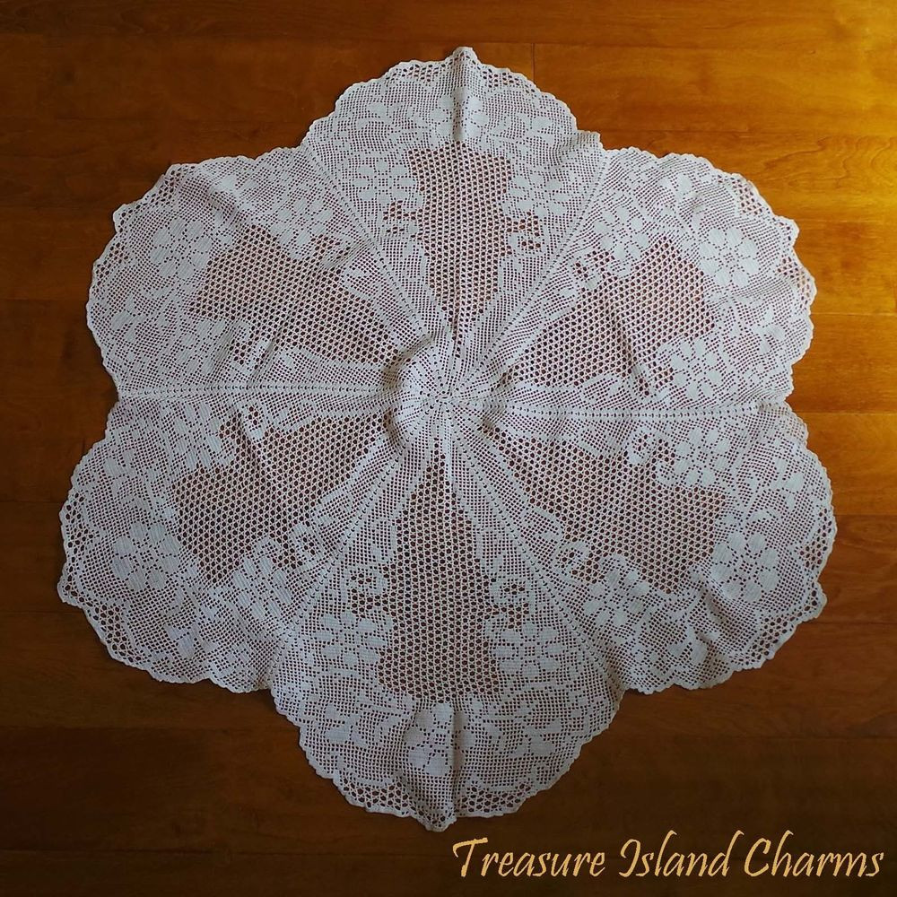 Crochet Round Tablecloth Beautiful Round White Crochet Doily Lace Table Cloth with Spring Of Beautiful 41 Pictures Crochet Round Tablecloth