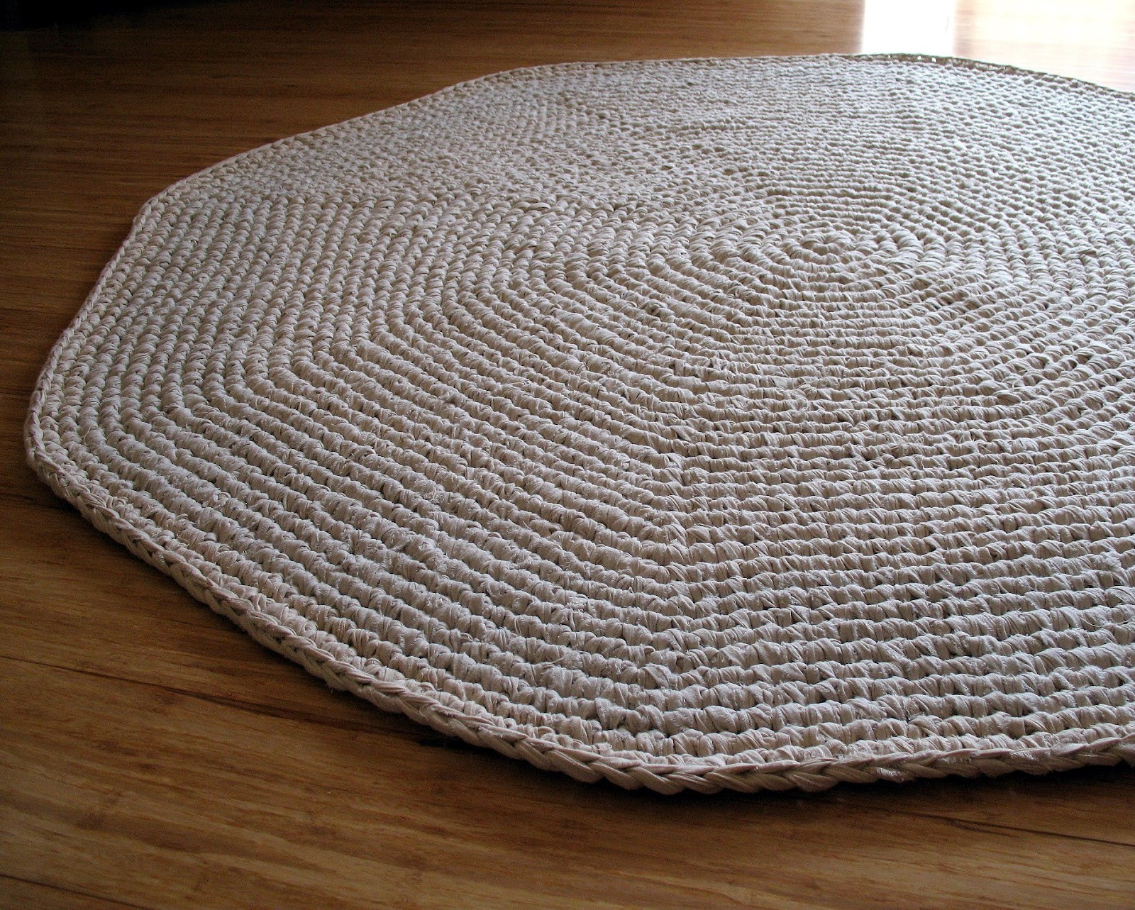 Crochet Rug Patterns Luxury Eclectic Me Calico Crochet Rug & Pattern Of Amazing 41 Images Crochet Rug Patterns