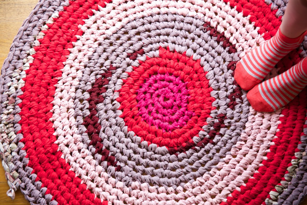 Quick and Easy Ways to Crochet a Bathroom Rug