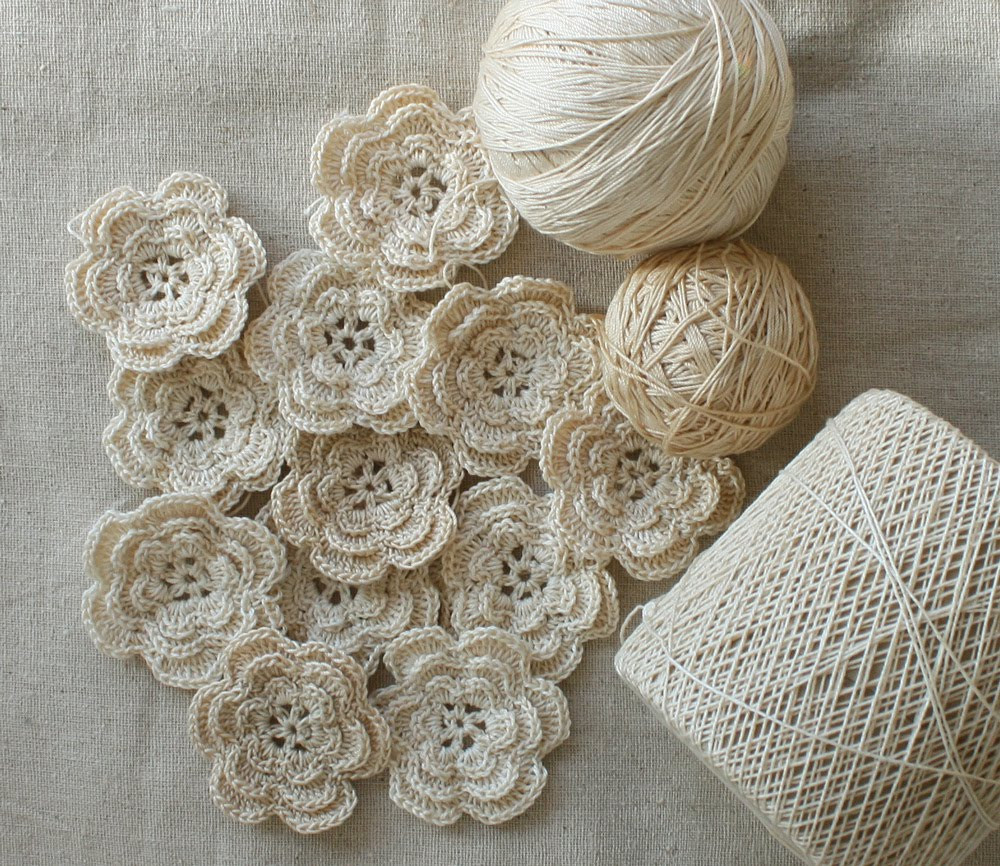 Crochet Small Flower Inspirational Wild Rose Vintage Crochet Flowers and Rick Rack Roses Of Luxury 50 Pictures Crochet Small Flower