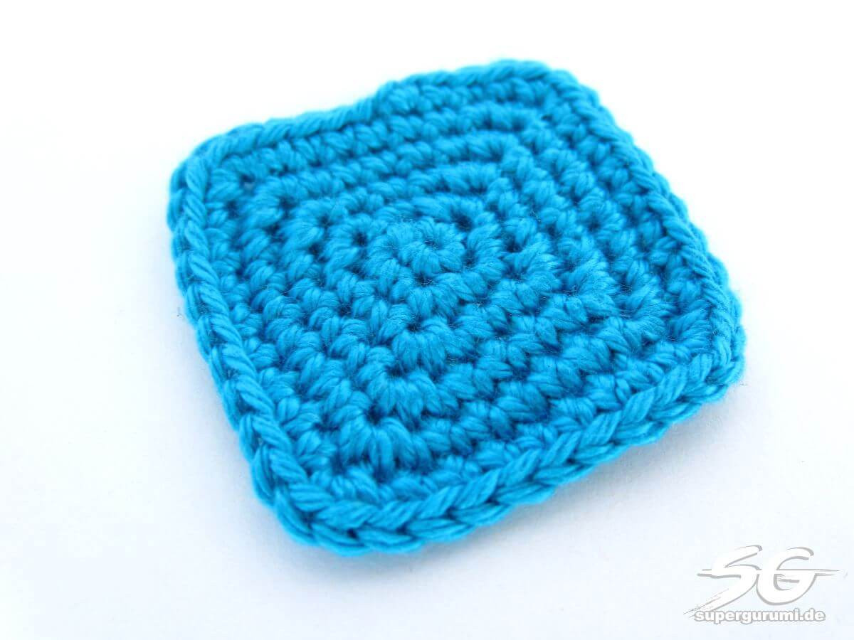 How to Crochet Squares in Spiral Rounds Supergurumi