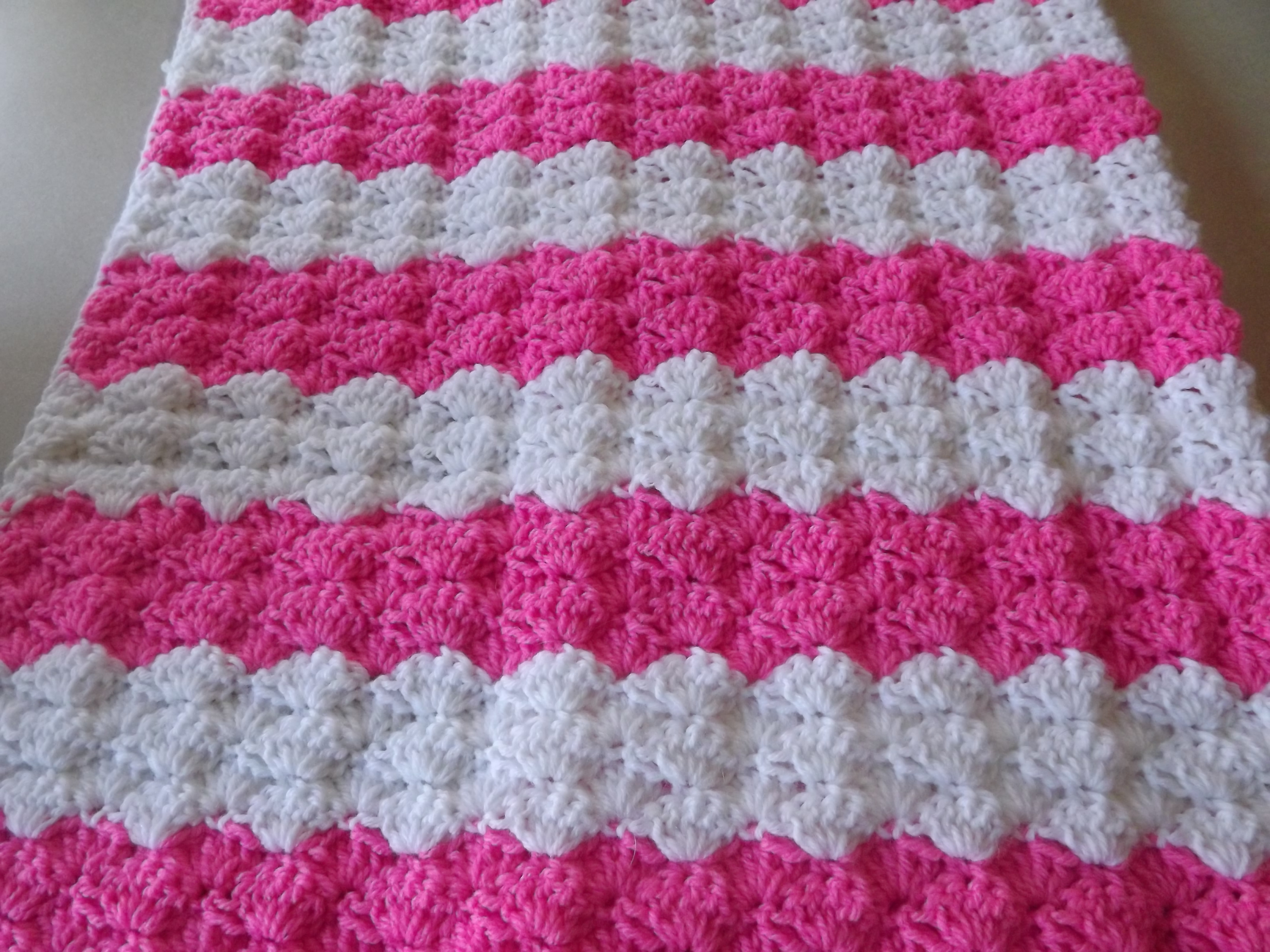 Crochet Stitches for Baby Blankets Inspirational Crochet Patterns Galore Pretty Shells Baby Blanket Of Amazing 45 Pics Crochet Stitches for Baby Blankets