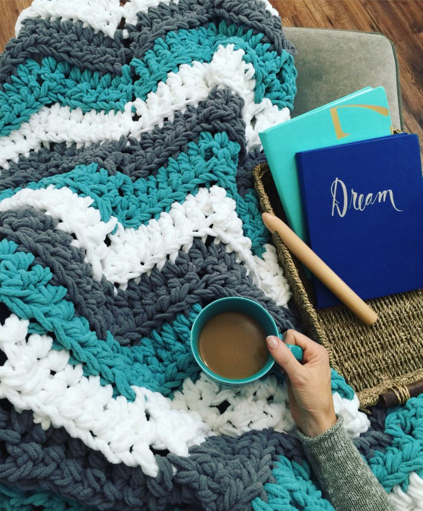 FREE crochet pattern Chevron Tassel Throw MJ s off the