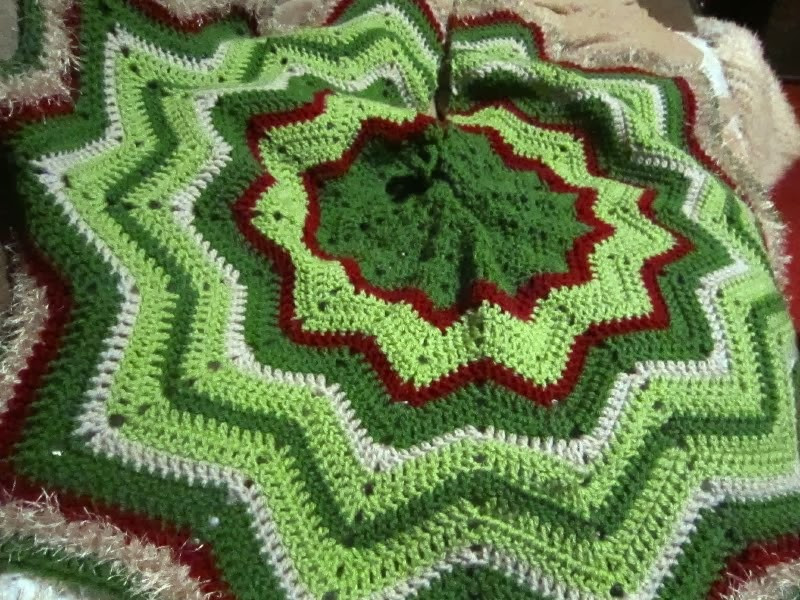 Crochet Tree Skirt Pattern Unique Magical Crafts Job Done Christmas Tree Skirt Of Beautiful 50 Ideas Crochet Tree Skirt Pattern