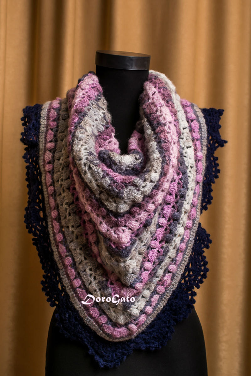 Triangle shawl Crochet shawl with trim Lace shawl crochet