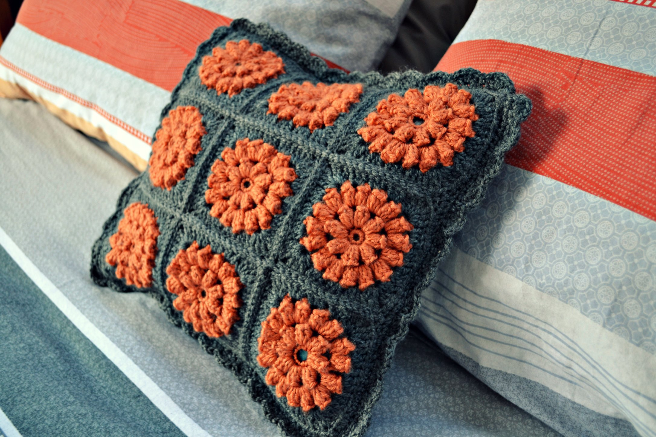 Cushion Patterns Inspirational A Crochet Cushion for Our Bedroom – the Green Dragonfly Of Lovely 43 Images Cushion Patterns