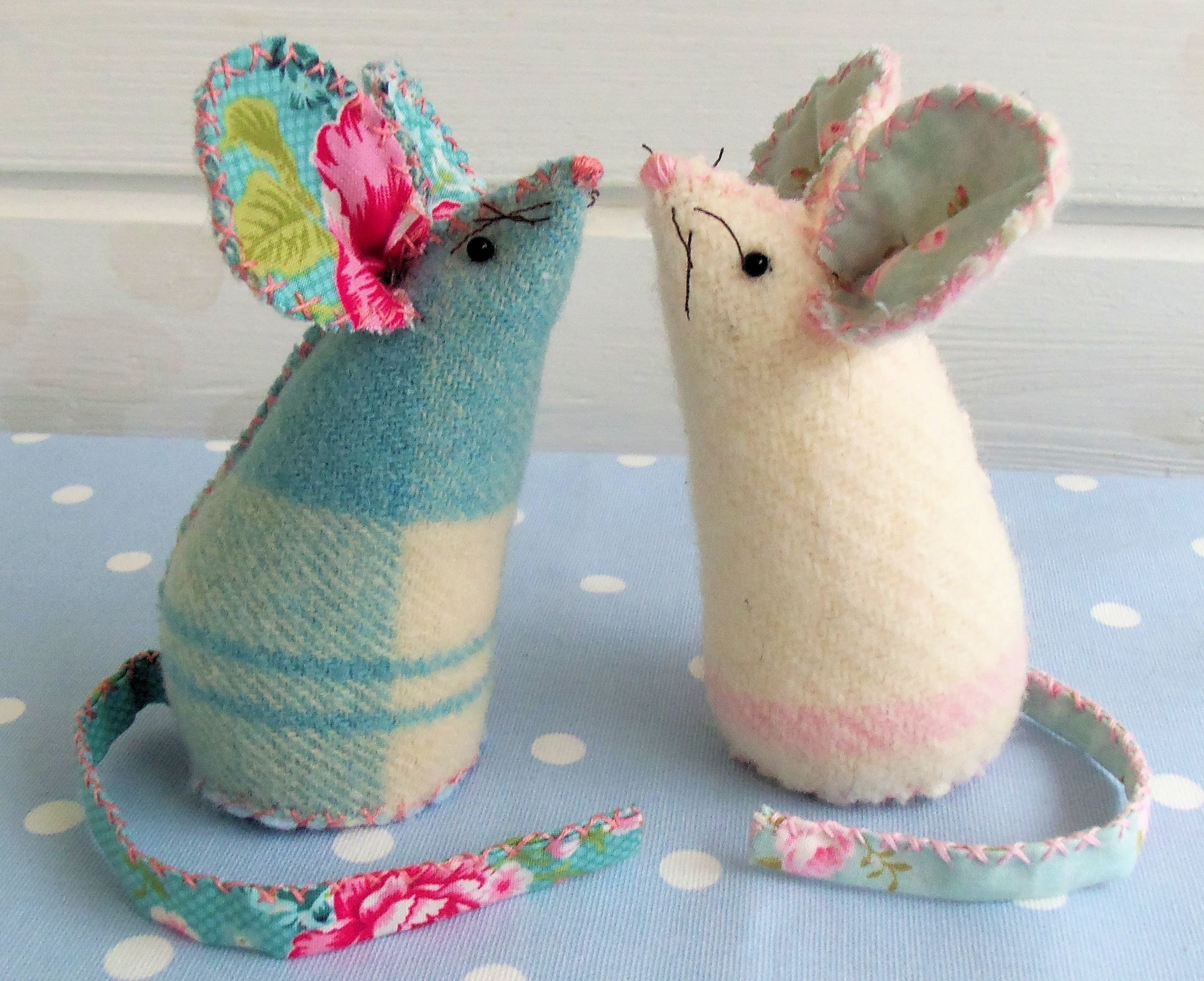 Pin Cushion Mice · How To Make A Pin Cushions · Sewing on