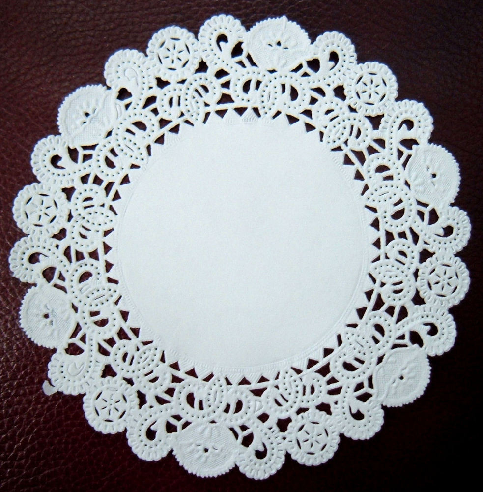 White Paper Doilies Pack 100 x Round Disposable Doily